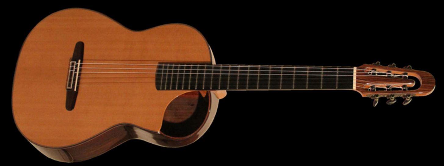 Alysce, le nom d'une artiste douée et d'une guitare fabriquée pour elle.