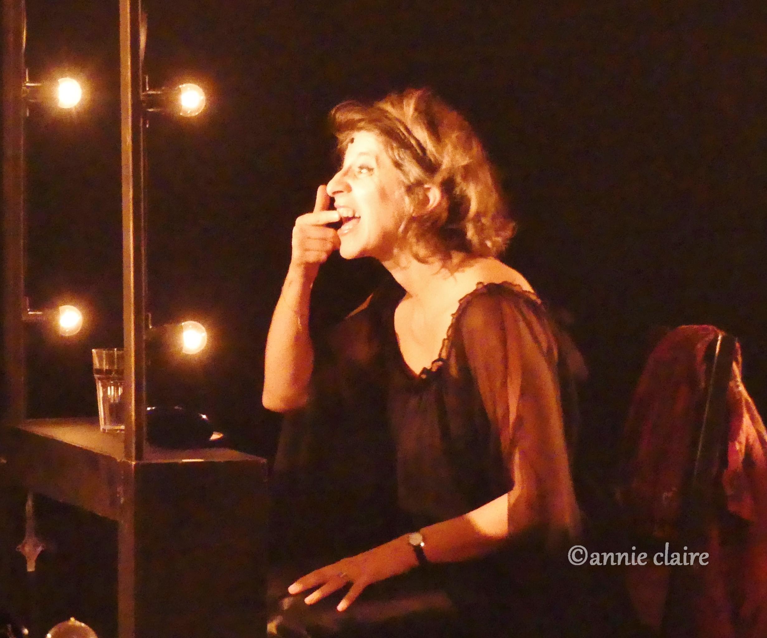 Elsa Gelly au Café de la Danse ©annie claire 18.10.2016